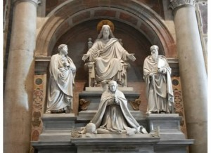 St Peter's Basilica Statuary, taken by Martha Wiggins, 2011